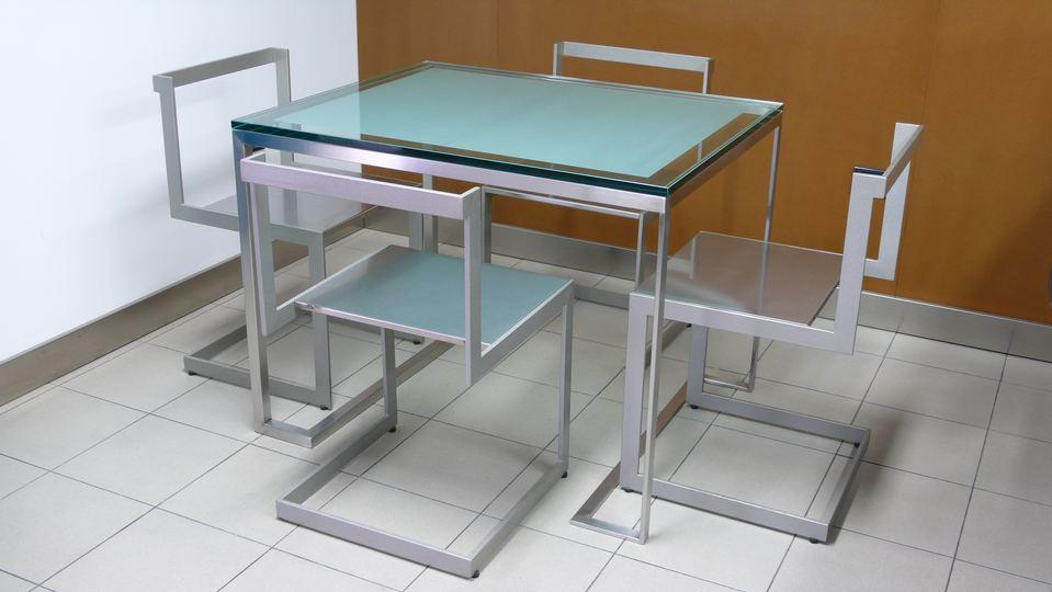 Arredamento in ferro ferro battuto acciaio inox e vetro for Arredamento acciaio inox